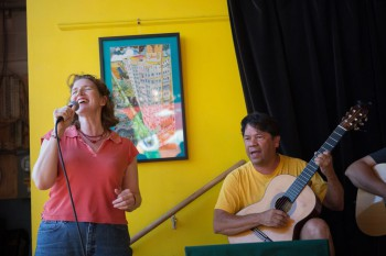 Donna McKirdy and Carlos Alberto Diaz Hincapie
